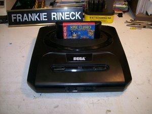 Sega Genesis II Teardown