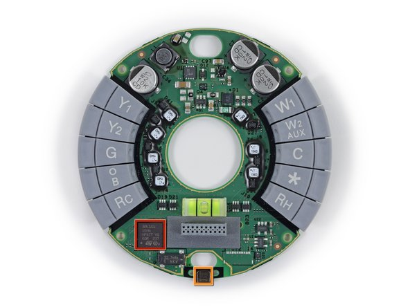We rarely see circular circuit boards. It's quite refreshing and alliterates nicely.
