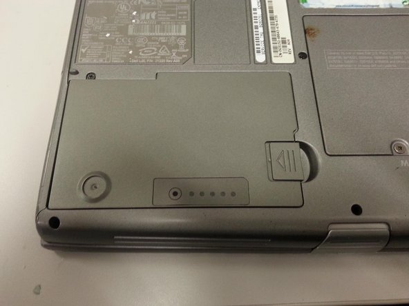 Dell Latitude D600 Battery Replacement