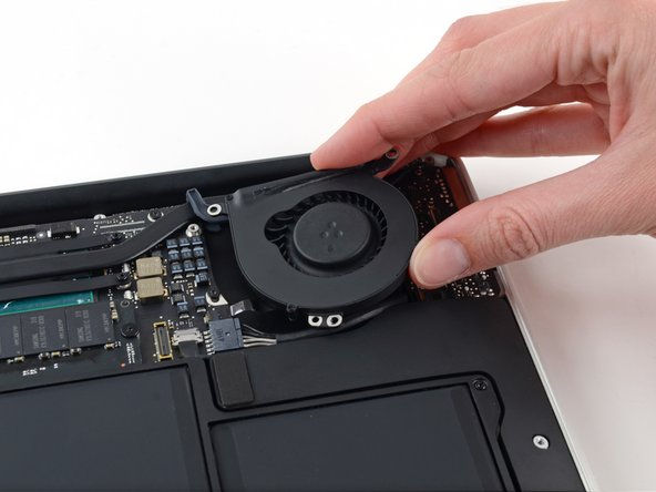 Remplacement du ventilateur du MacBook Air mi-2013