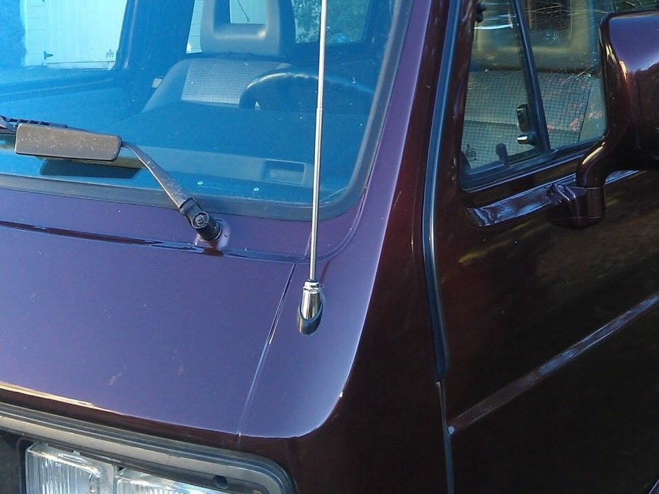 Vanagon Westfalia Drivers Side Antenna Replacement - iFixit Repair Guide