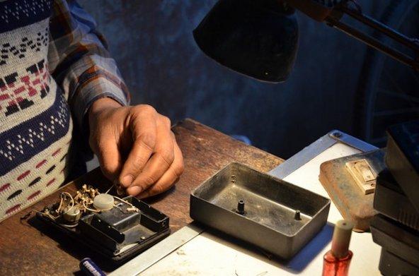 Fixers doing a repair