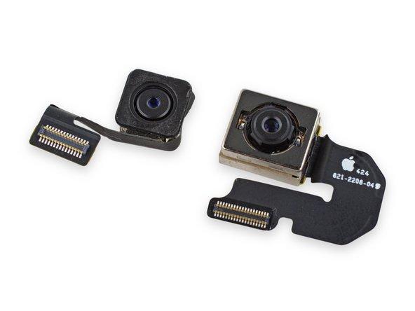 Image 3/3: По сравнению с более крупной, выступающей навстречу невзгодам камерой iSight из iPhone 6 Plus, этот модуль выглядит немного иначе. И всё равно он обеспечивает гораздо более высокое качество, чем аналог из iPad Air первого поколения.
