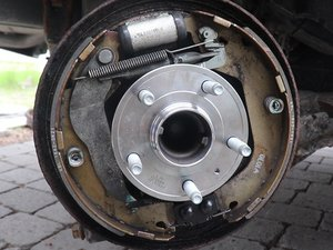 Rear Wheel Bearing Assembly