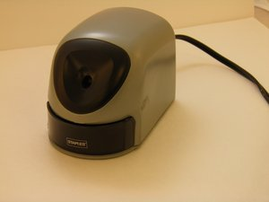 Staples 34462 Electric Pencil Sharpener Troubleshooting