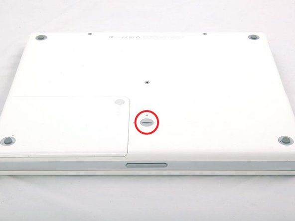 "iBook G4 14"" 933 MHz-1.33 GHz Battery Replacement"