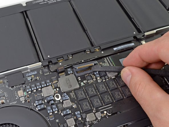 While Apple seems to have an extensive warning label, it fails to mention potential shocks by failing to disconnect the battery during gadget surgery. Is it possible Apple wasn't expecting us?