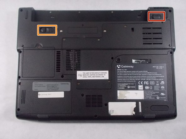 To prevent injury, make sure the laptop is unplugged before removing the battery.