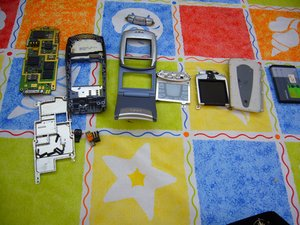 Nokia 6108 Teardown