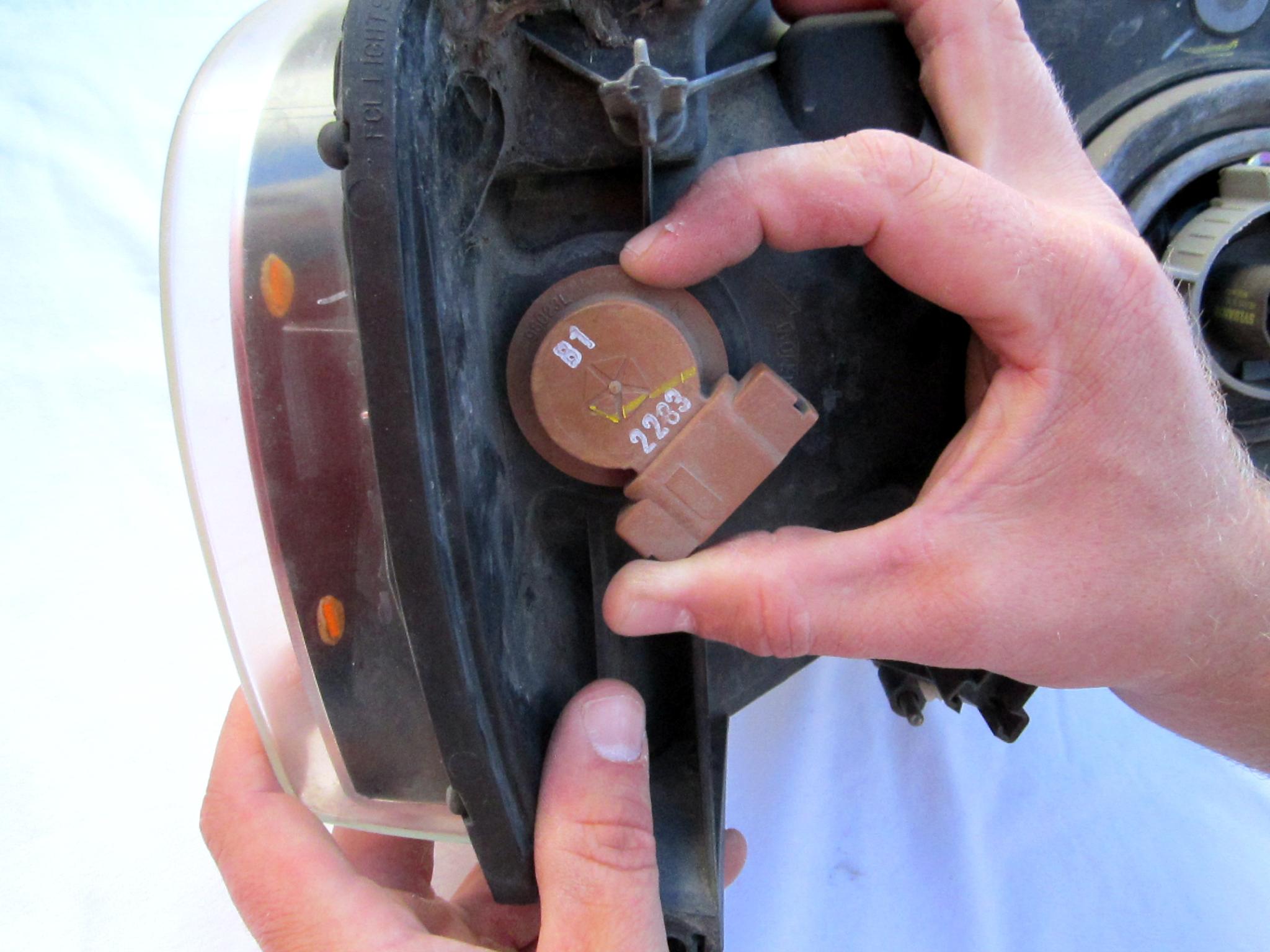 2005 Dodge Ram Front Turn Signal Bulb