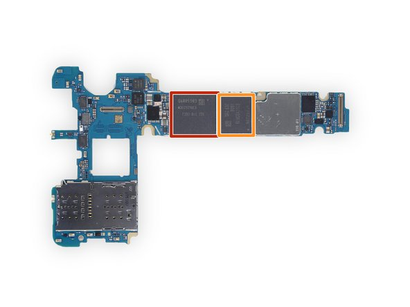 Image 1/1: Samsung [http://www.samsung.com/semiconductor/products/dram/mobile-dram/low-power-ddr4x/K3RG2G20CM-CGCJ?ia=3157|K3RG2G20CM-CGCJ|new_window=true] 4 GB LPDDR4 RAM layered over an Exynos 8890 Octa Core CPU