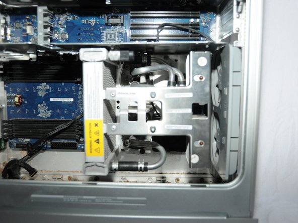 Power Mac G5 Processor and Cooling Unit Replacement