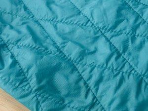 パタゴニアのナノ・パフ・ジャケットの緩んだステッチの修理方法