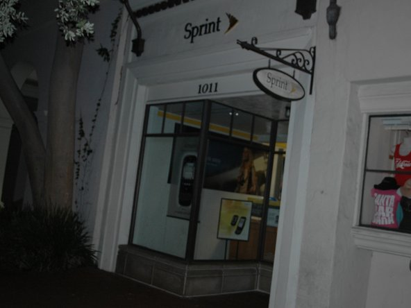 Image 2/3: We arrived at the Santa Barbara Sprint store at 2am and were first in line!