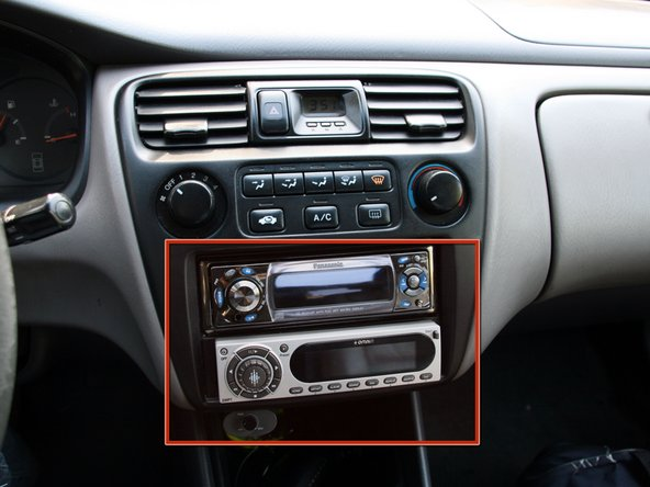 Note that the dash has been taken apart before, namely to install all those fancy gizmos you see in this picture.