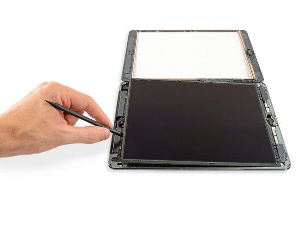 iPad 5 セルラーモデルのLCDの交換