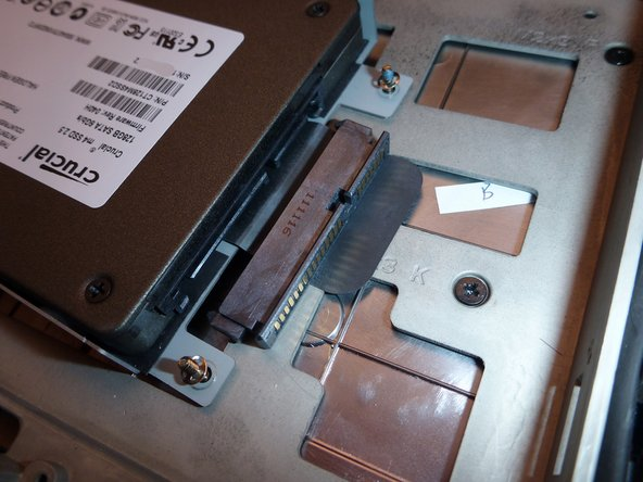 Image 3/3: Don't forget remove the SATA adapter to put in your new HDD.