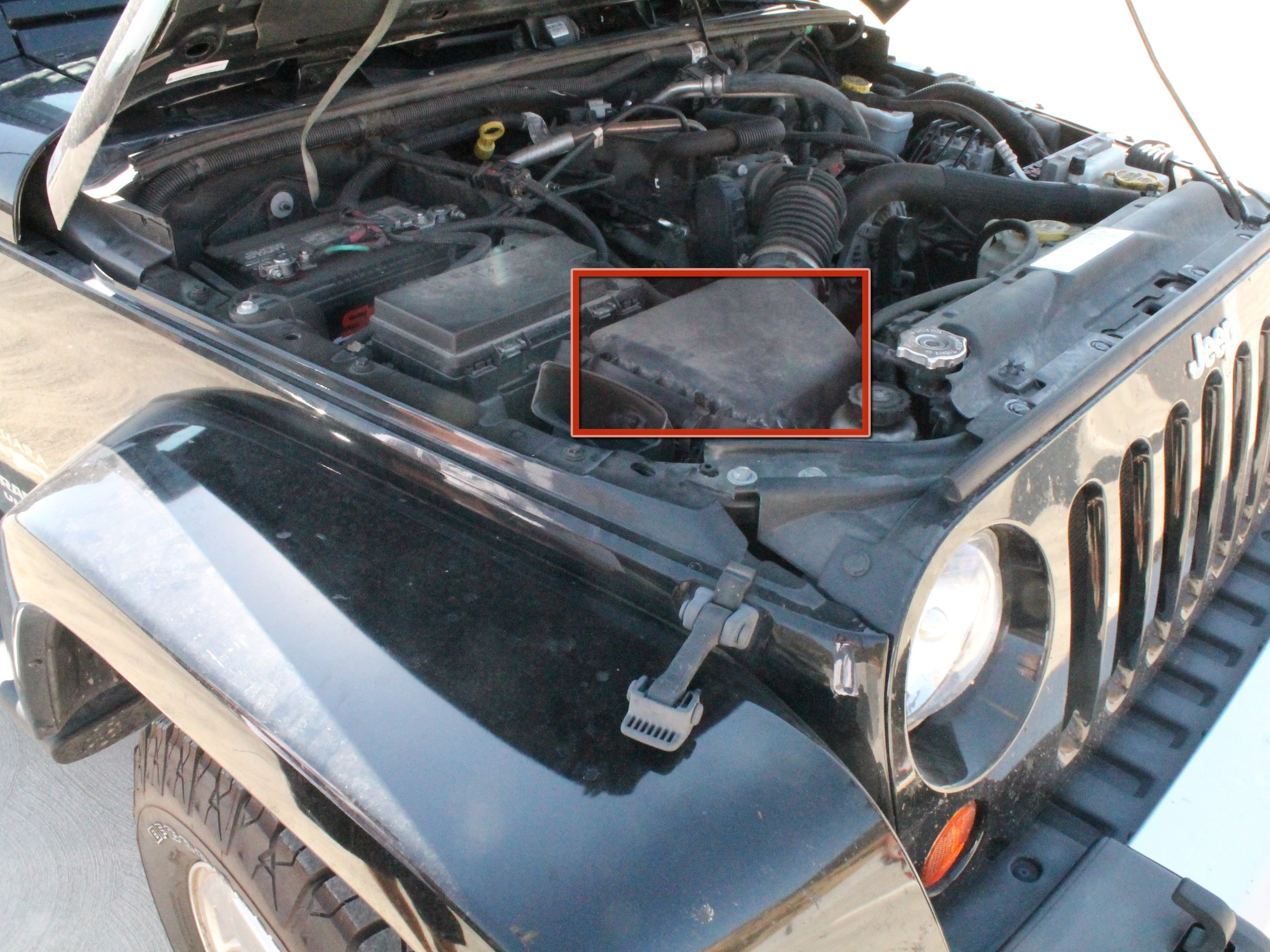 2007-2012 Jeep Wrangler Air Filter Replacement (2007, 2008, 2009, 2010,  2011, 2012) - iFixit Repair Guide