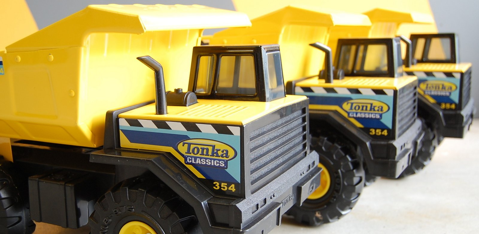 Modding Tonka trucks with Make:projects