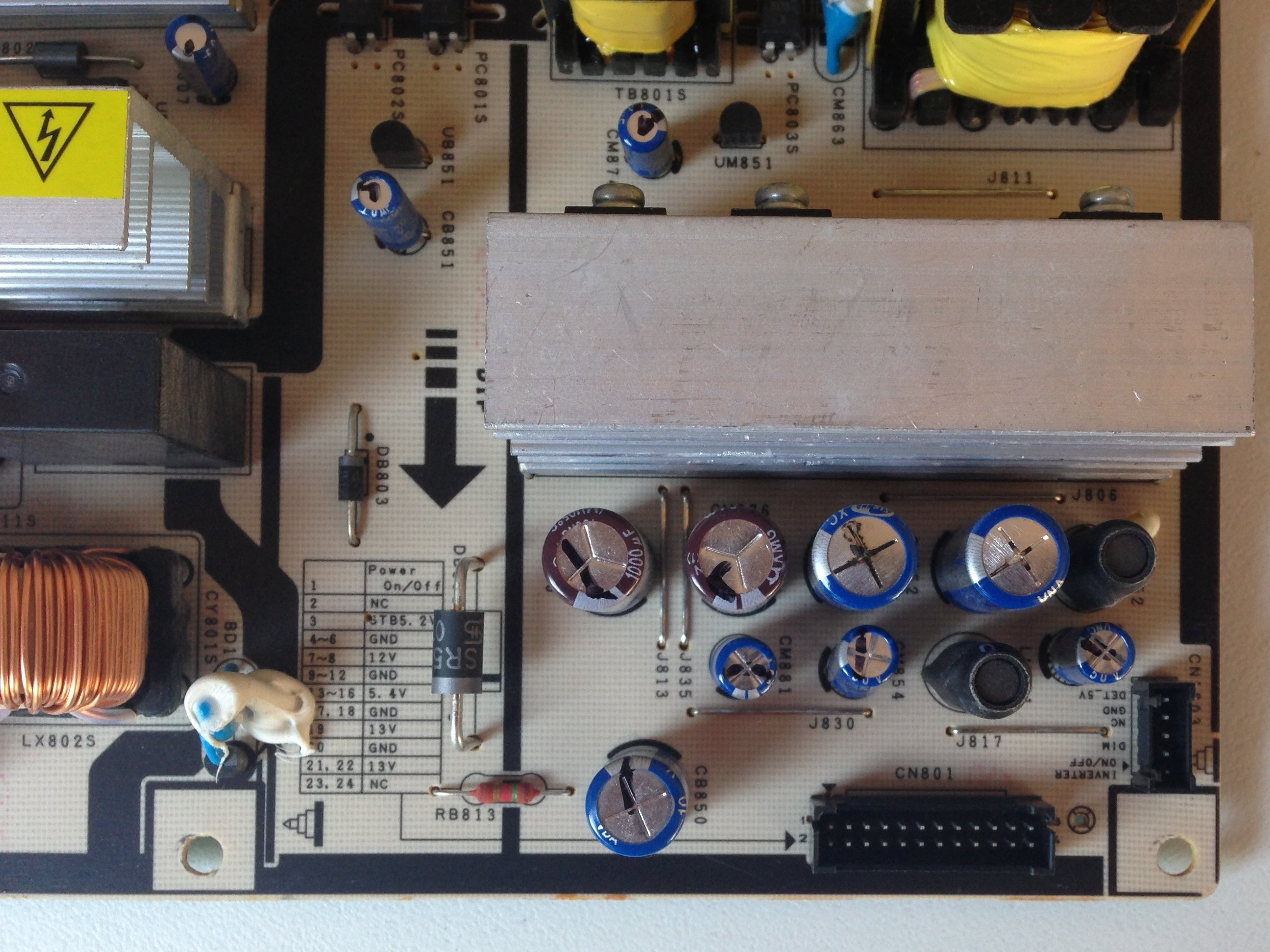 Repairing Samsung LA40R81BD 40in LCD TV Power Supply (clicking Relay