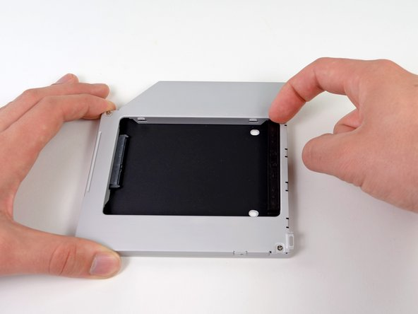 "Remplacement d'un SSD du MacBook Pro 15"" Core 2 Duo Models A1226 et A1260"