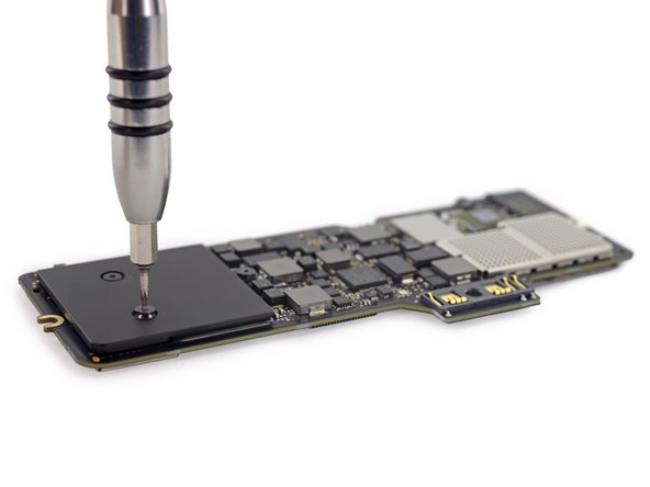 Apple points out that the logic board in the Retina MacBook is 67% smaller than the logic board in the 11-inch MacBook Air.