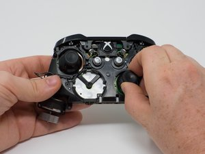 Xbox One Wireless Controller - iFixit