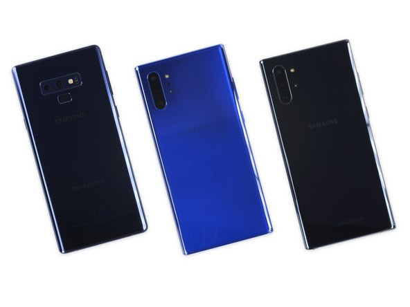 We lay out (from left to right) last year's Note9 next to the new Note10+ and Note10+ 5G and try to spot the differences.