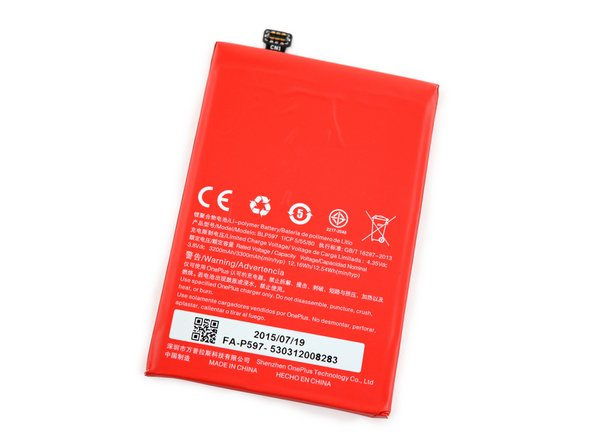 Image 3/3: At 3.8 V and 3,300 mAh, this battery also provides a slight improvement from the One's 3,100 mAh lithium polymer cell.