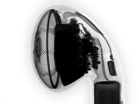 Image 3/3: X-rays give us a peek at what's inside, some grilles, and that microphone, the rest is a mystery to unravel.