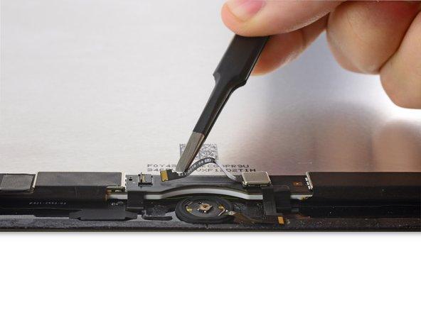 断开Home键线缆。