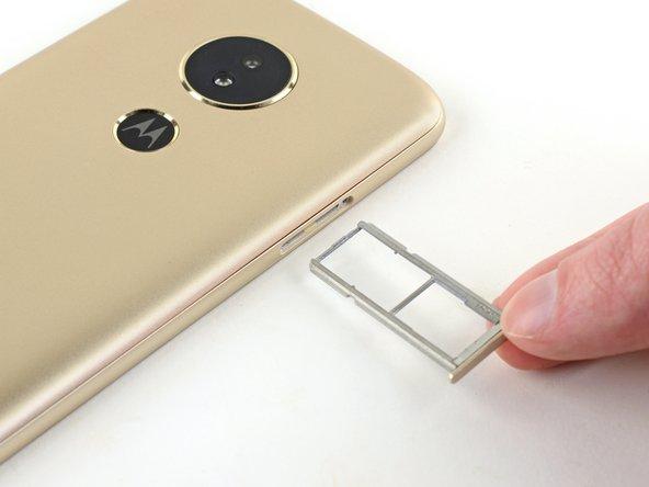 Reemplazo de la bandeja de tarjeta SIM del Motorola Moto E5