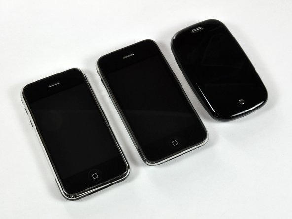 The lineup: Apple iPhones vs. Palm Pre