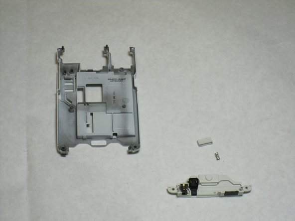 Disassembling Nokia E61i Connector Housing