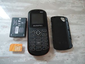 How to remove Alcatel OT-208 SIM card