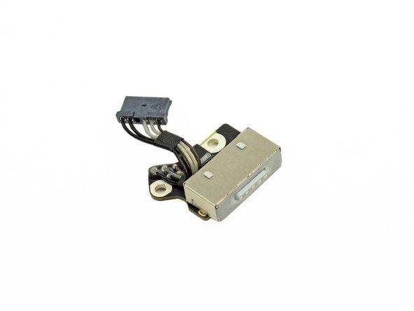 Image 1/3: P7 transistor - quantity 1