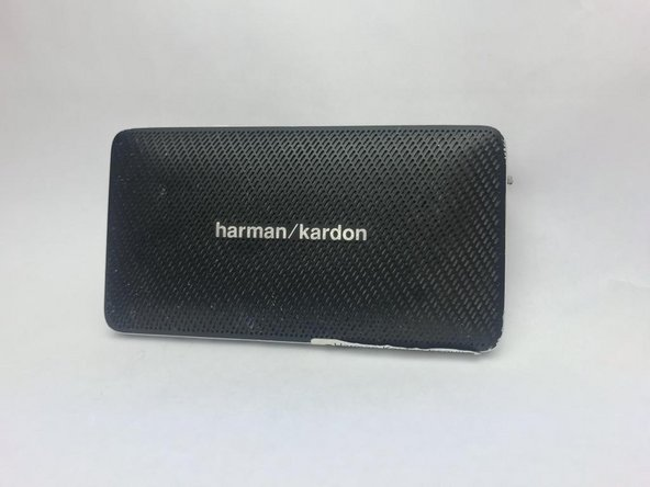 Harman Kardon Esquire Mini Buttons and Charging Indicator Lights's