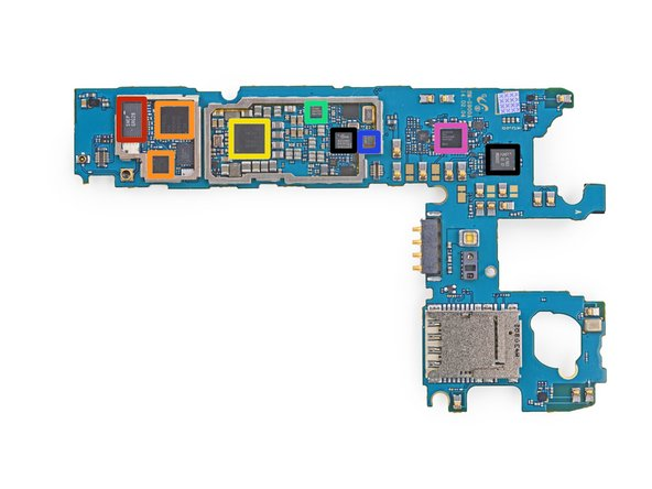 Image 1/1: Qualcomm WTR1625L RF transceiver (another encore from the HTC One M8) and...