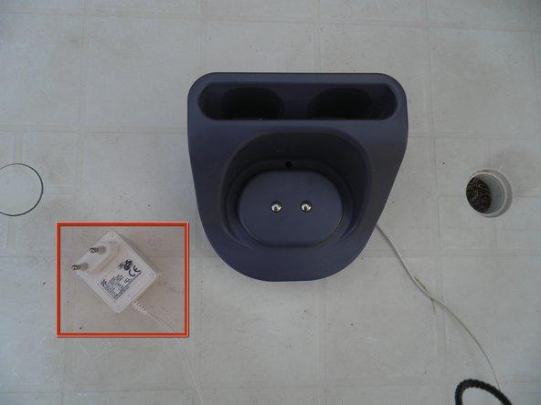 Input: 230V - 50 Hz - 7W (AC)