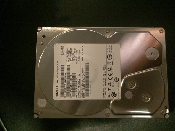 Here is the failed drive. It is a Hitachi HDS721010CLA332. Failure with this drive is all to common.