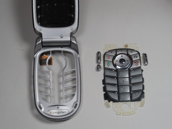 Motorola V557 Keypad Replacement