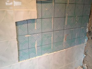 tile before or after fitting bathroom faq can i tile existing tiles ifixit 25786
