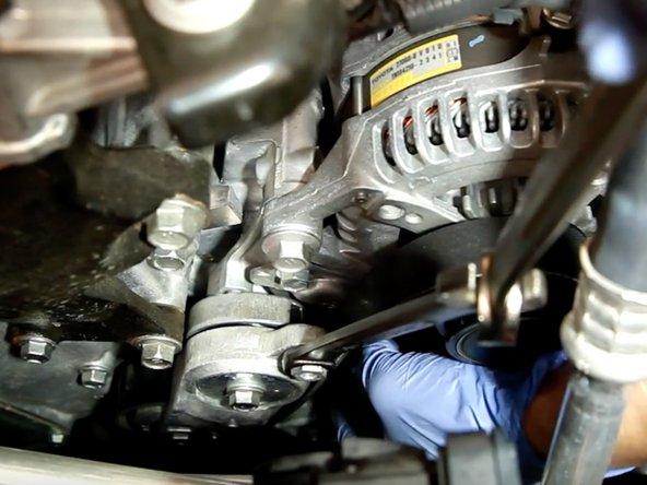 2012-2017 Toyota Camry Serpentine Belt Replacement
