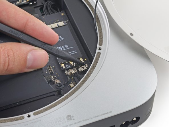 mac mini late 2014 antenna plate replacement ifixit. Black Bedroom Furniture Sets. Home Design Ideas