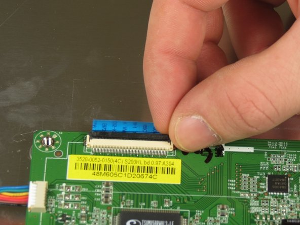 Image 1/1: The connector will be released from the motherboard immediately.