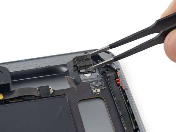 iPad Mini 3 Wi-Fi Rear Facing Camera Replacement