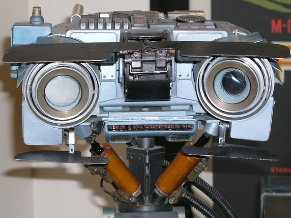Image 1/2: Et tu, [http://en.wikipedia.org/wiki/Short_Circuit|Johnny 5]?