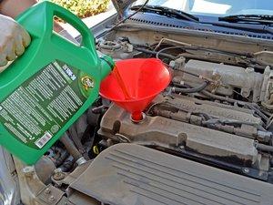 1998-2003 Mazda Protege Oil Change (1.6 L DOHC)