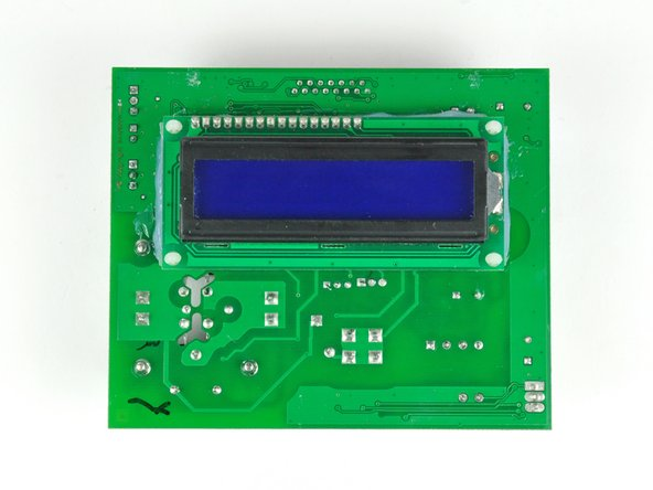 Image 3/3: The LCD panel is located on the back of the board, thus eliminating the need for any extra circuit boards.