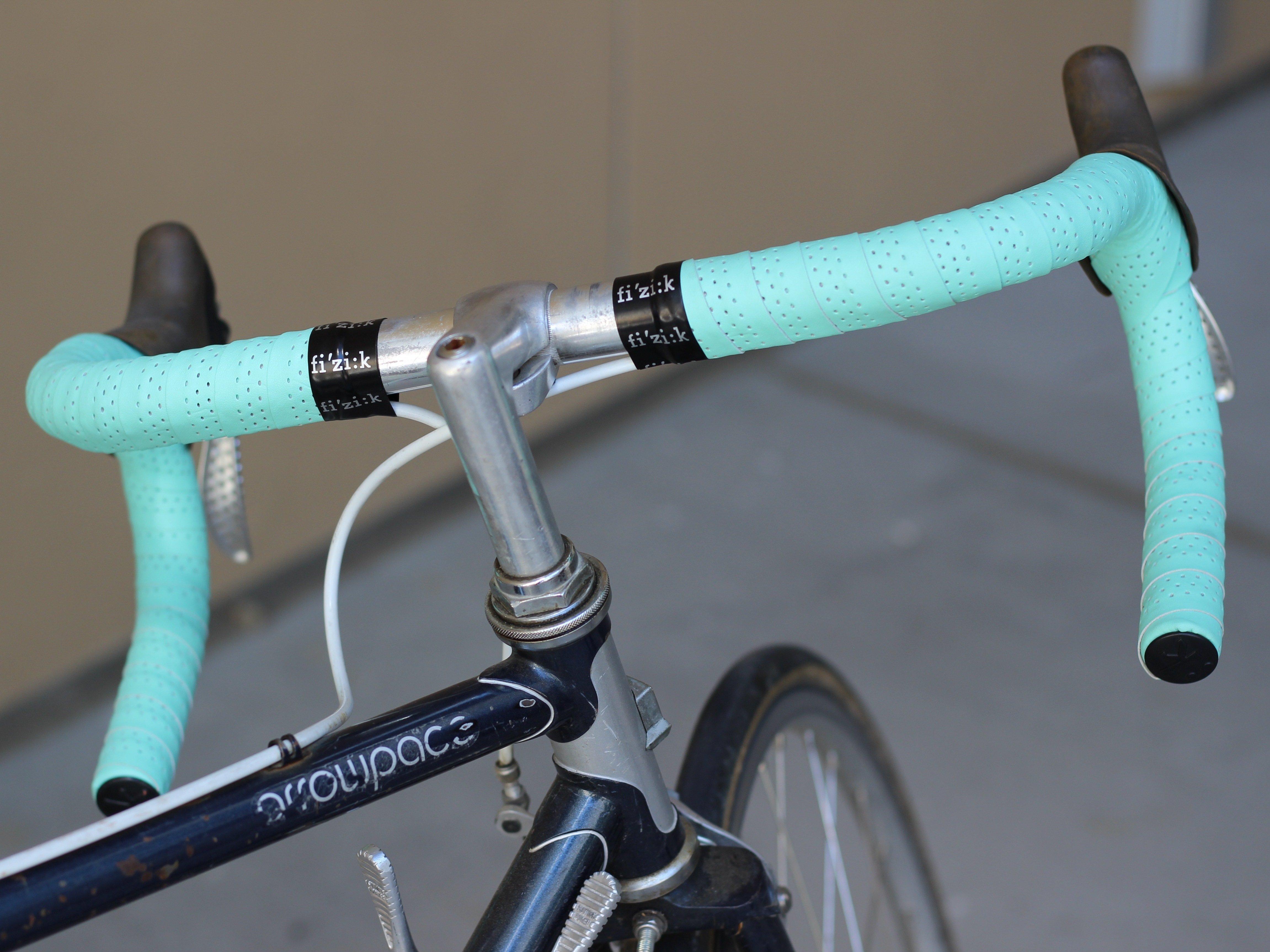 Install bar tape road bike — photo 1
